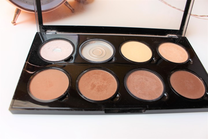 Nyx Professional Makeup Highlight & Contour Pro Palette - £18