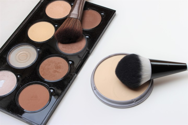 Face and contour powder