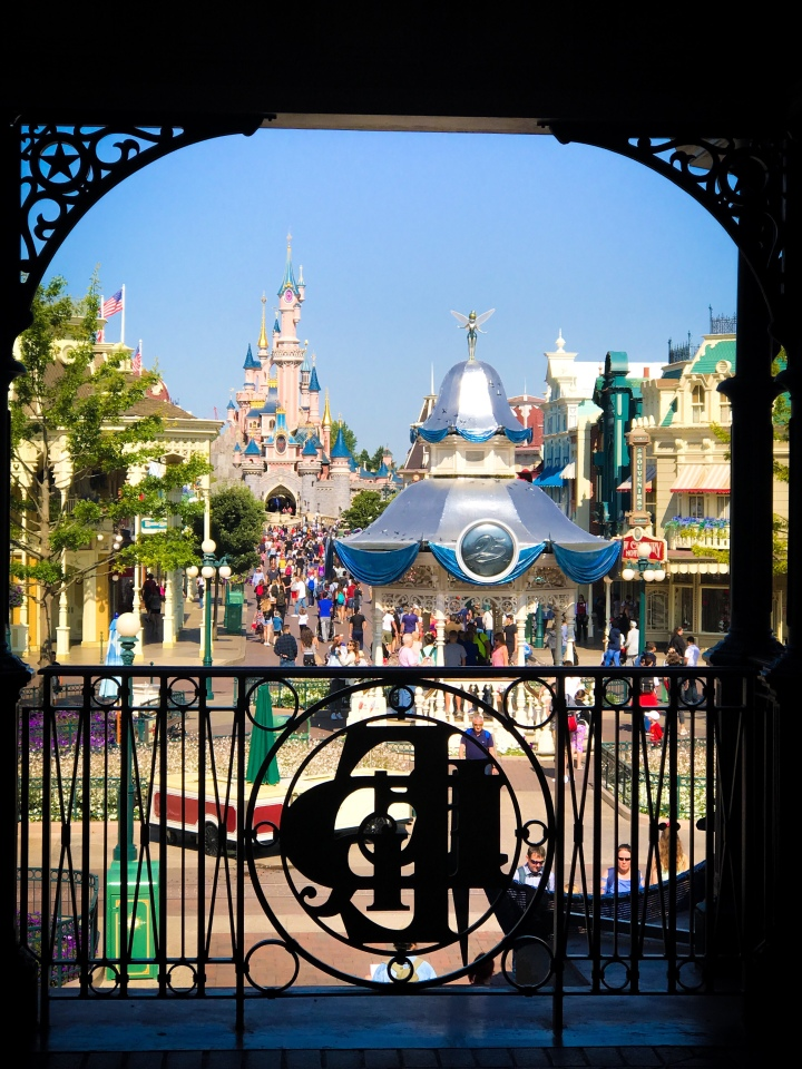 My top 5 Disneyland Paris faves!